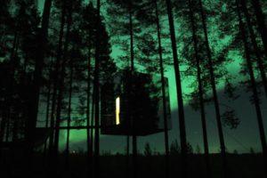 Mirror Cube with Aurora Tree Hotel Sweden