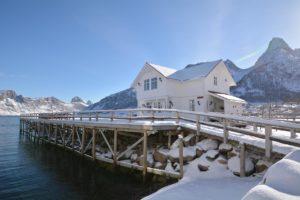 Mejford Brygge Cabins Senja Norway