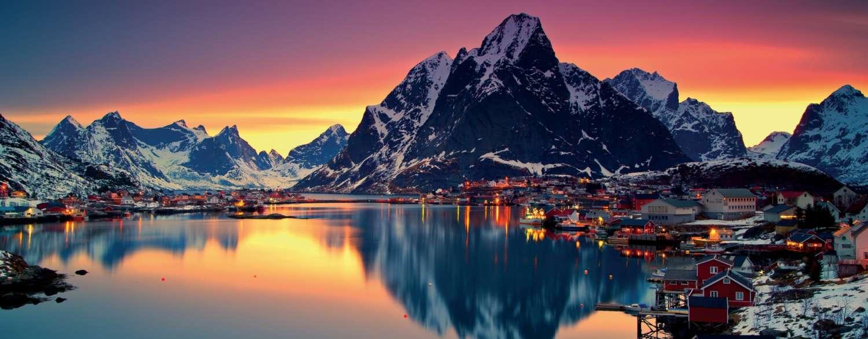 Lofoten & Tromso Coastal Voyages