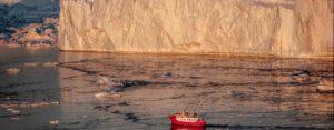 Midnight Sunse Cruise in Greenland