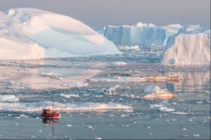 Midnight Iceberg cruise in Ilulissat, Greenland