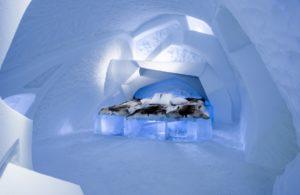 Deluxe Art Suite Ice Hotel