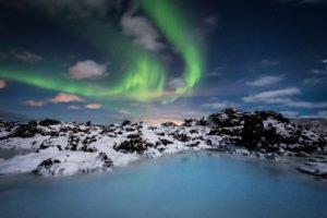 Ble Lagoon under Northern Lights